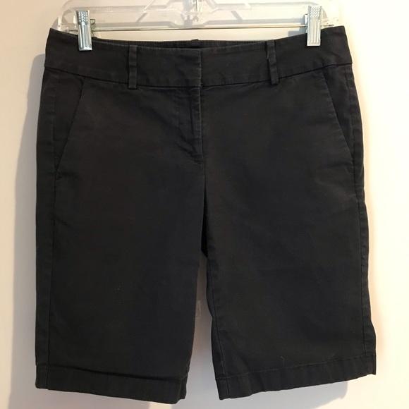 Ann Taylor Pants - Ann Taylor Boardwalk Shorts Dark Navy Size 2